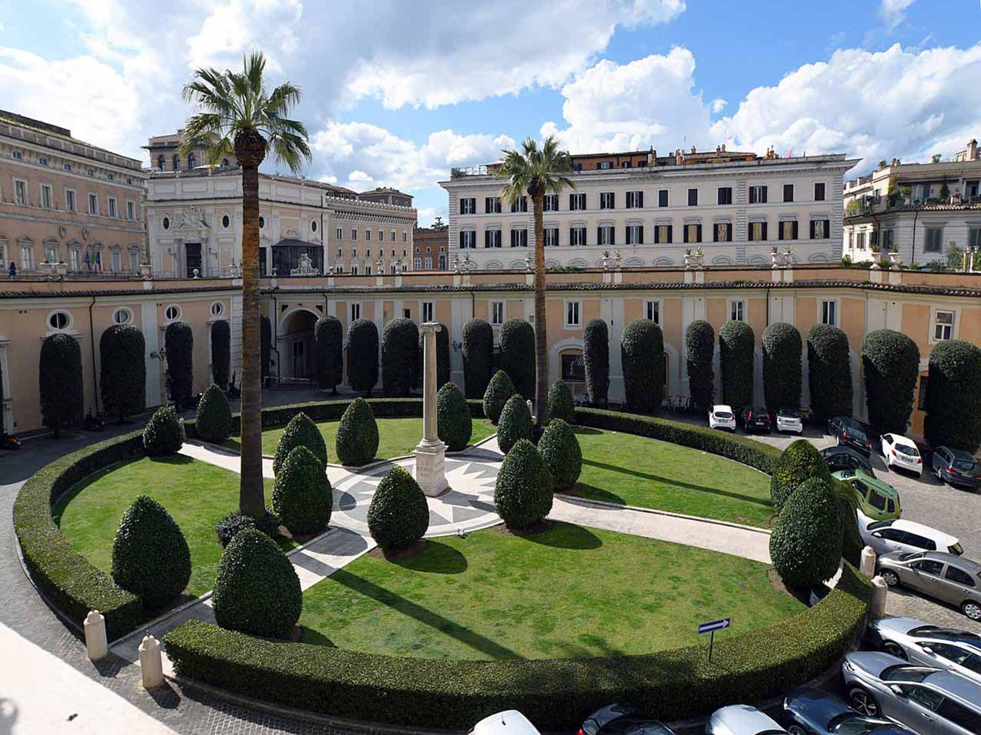 Cultural Rome - Palazzo Colonna (Rome) Courtyard - ANT 2